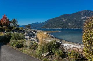 """Main Photo: 36 BEACH Drive in West Vancouver: Furry Creek Townhouse for sale in """"Oliver's Landing"""" : MLS®# R2116528"""