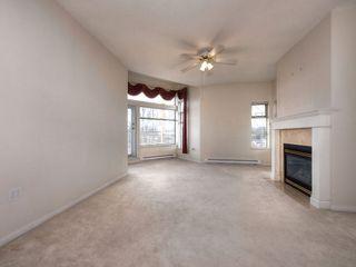 Photo 3: 303 1118 55 Street in Delta: Tsawwassen Central Condo for sale (Tsawwassen)  : MLS®# R2117872