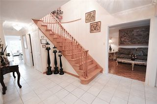 Photo 5: Marie Commisso 33 Dicarlo Drive in Vaughan: Maple House for sale : MLS # N3645405