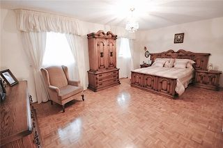 Photo 6: Marie Commisso 33 Dicarlo Drive in Vaughan: Maple House for sale : MLS # N3645405