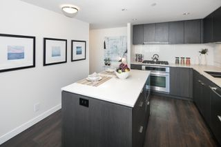"Photo 5: 910 111 E 1ST Avenue in Vancouver: Mount Pleasant VE Condo for sale in ""Block 100"" (Vancouver East)  : MLS®# R2125894"