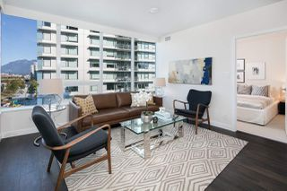 "Photo 8: 910 111 E 1ST Avenue in Vancouver: Mount Pleasant VE Condo for sale in ""Block 100"" (Vancouver East)  : MLS®# R2125894"