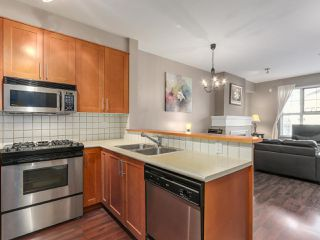 """Photo 2: 1306 4655 VALLEY Drive in Vancouver: Quilchena Condo for sale in """"ALEXANDRA HOUSE"""" (Vancouver West)  : MLS®# R2133417"""