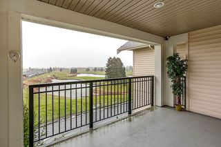 "Photo 17: 423 19673 MEADOW GARDENS Way in Pitt Meadows: North Meadows PI Condo for sale in ""FAIRWAYS"" : MLS®# R2138742"