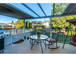 "Photo 2: 12339 63A Avenue in Surrey: Panorama Ridge House for sale in ""Boundary Park"" : MLS®# R2139160"
