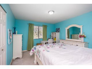 """Photo 16: 12339 63A Avenue in Surrey: Panorama Ridge House for sale in """"Boundary Park"""" : MLS®# R2139160"""