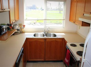 "Photo 12: 207 4989 47 Avenue in Delta: Ladner Elementary Condo for sale in ""Park Regent"" (Ladner)  : MLS®# R2158550"