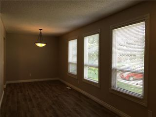 Photo 11: 124 DOVERTHORN Bay SE in Calgary: Dover House for sale : MLS®# C4120719