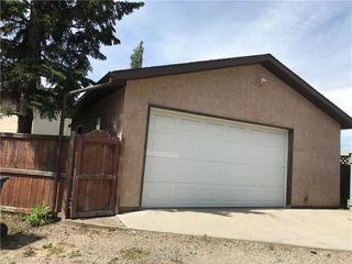 Photo 5: 124 DOVERTHORN Bay SE in Calgary: Dover House for sale : MLS®# C4120719