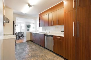 """Photo 12: 202 1000 BOWRON Court in North Vancouver: Roche Point Condo for sale in """"PARKWAY TERRACE"""" : MLS®# R2185115"""
