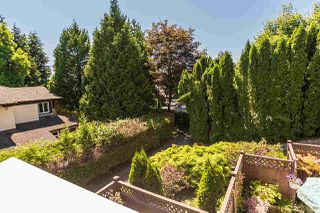 """Photo 5: 202 1000 BOWRON Court in North Vancouver: Roche Point Condo for sale in """"PARKWAY TERRACE"""" : MLS®# R2185115"""