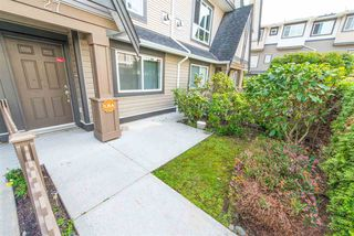 "Photo 4: 27 7333 TURNILL Street in Richmond: McLennan North Townhouse for sale in ""PALATINO"" : MLS®# R2196878"