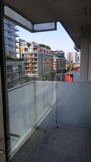"Photo 11: 604 89 W 2ND Avenue in Vancouver: False Creek Condo for sale in ""Pinnacle Living False Creek"" (Vancouver West)  : MLS®# R2202401"