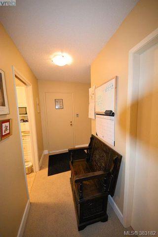 Photo 12: 303 1050 Park Blvd in VICTORIA: Vi Fairfield West Condo for sale (Victoria)  : MLS®# 770112