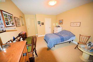 Photo 6: 303 1050 Park Blvd in VICTORIA: Vi Fairfield West Condo for sale (Victoria)  : MLS®# 770112