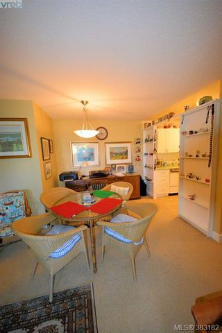 Photo 14: 303 1050 Park Blvd in VICTORIA: Vi Fairfield West Condo for sale (Victoria)  : MLS®# 770112