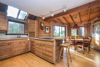 Photo 3: 1610 ROXBURY Road in North Vancouver: Deep Cove House for sale : MLS®# R2213763