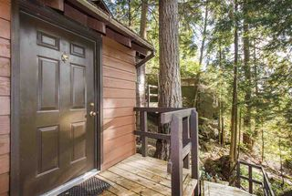 Photo 2: 1610 ROXBURY Road in North Vancouver: Deep Cove House for sale : MLS®# R2213763