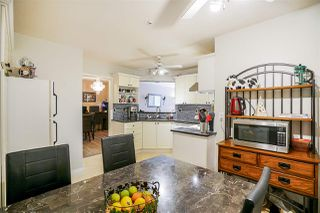 """Photo 5: 409 7435 121A Street in Surrey: West Newton Condo for sale in """"STRAWBERRY HILLS"""" : MLS®# R2215560"""