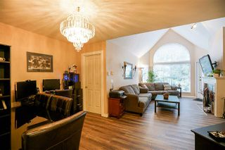 """Photo 2: 409 7435 121A Street in Surrey: West Newton Condo for sale in """"STRAWBERRY HILLS"""" : MLS®# R2215560"""