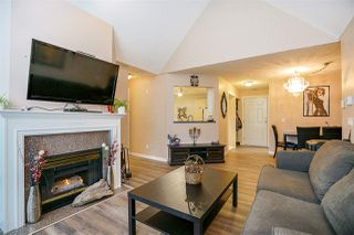 """Photo 7: 409 7435 121A Street in Surrey: West Newton Condo for sale in """"STRAWBERRY HILLS"""" : MLS®# R2215560"""