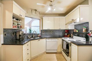 """Photo 8: 409 7435 121A Street in Surrey: West Newton Condo for sale in """"STRAWBERRY HILLS"""" : MLS®# R2215560"""