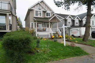 Photo 2: 34620 3RD Avenue in Abbotsford: Poplar House for sale : MLS®# R2217419