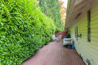 "Photo 17: 2873 MCKENZIE Avenue in Surrey: Crescent Bch Ocean Pk. House for sale in ""CRESCENT BEACH"" (South Surrey White Rock)  : MLS®# R2218182"