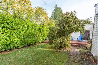 "Photo 20: 2873 MCKENZIE Avenue in Surrey: Crescent Bch Ocean Pk. House for sale in ""CRESCENT BEACH"" (South Surrey White Rock)  : MLS®# R2218182"