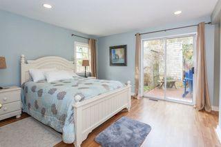 "Photo 11: 2873 MCKENZIE Avenue in Surrey: Crescent Bch Ocean Pk. House for sale in ""CRESCENT BEACH"" (South Surrey White Rock)  : MLS®# R2218182"