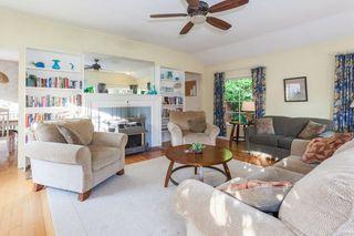 "Photo 4: 2873 MCKENZIE Avenue in Surrey: Crescent Bch Ocean Pk. House for sale in ""CRESCENT BEACH"" (South Surrey White Rock)  : MLS®# R2218182"