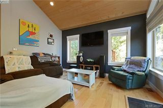Photo 2: 2551 Eaglecrest Dr in SOOKE: Sk Otter Point House for sale (Sooke)  : MLS®# 774264