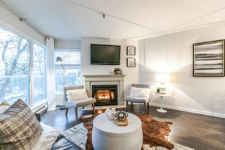 "Photo 2: 310 2020 W 8TH Avenue in Vancouver: Kitsilano Condo for sale in ""Augustine Gardens"" (Vancouver West)  : MLS®# R2235153"