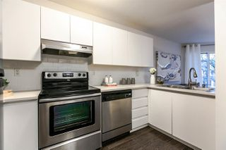 "Photo 6: 310 2020 W 8TH Avenue in Vancouver: Kitsilano Condo for sale in ""Augustine Gardens"" (Vancouver West)  : MLS®# R2235153"
