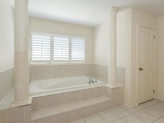 Photo 9: 8 Goodsway Trail in Brampton: Northwest Brampton House (2-Storey) for sale : MLS®# W4104215