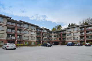 "Photo 1: 422 2233 MCKENZIE Road in Abbotsford: Central Abbotsford Condo for sale in ""LATITUDE"" : MLS®# R2263352"