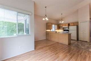 "Photo 6: 51 9012 WALNUT GROVE Drive in Langley: Walnut Grove Townhouse for sale in ""QUEEN ANNE GREEN"" : MLS®# R2291970"