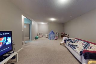Photo 18: 904 CHAHLEY Crescent in Edmonton: Zone 20 House for sale : MLS®# E4129266
