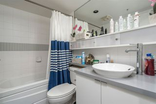 "Photo 13: 1709 928 BEATTY Street in Vancouver: Yaletown Condo for sale in ""YALETOWN"" (Vancouver West)  : MLS®# R2313221"