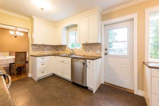 Photo 10: 2040 BLANTYRE Avenue in Coquitlam: Central Coquitlam House for sale : MLS®# R2320271