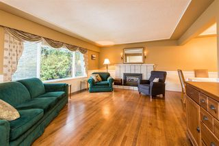 Photo 2: 2040 BLANTYRE Avenue in Coquitlam: Central Coquitlam House for sale : MLS®# R2320271