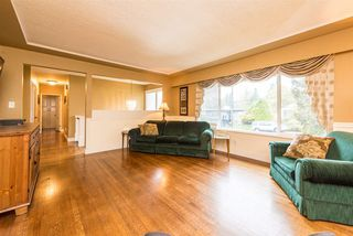 Photo 5: 2040 BLANTYRE Avenue in Coquitlam: Central Coquitlam House for sale : MLS®# R2320271