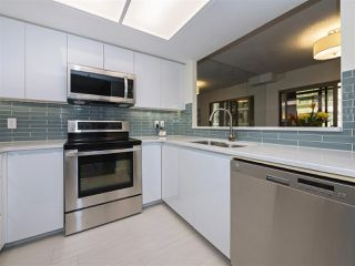 "Photo 6: 506 867 HAMILTON Street in Vancouver: Downtown VW Condo for sale in ""JARDINE'S LOOKOUT"" (Vancouver West)  : MLS®# R2324358"