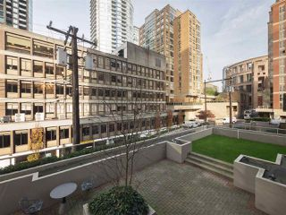 "Photo 19: 506 867 HAMILTON Street in Vancouver: Downtown VW Condo for sale in ""JARDINE'S LOOKOUT"" (Vancouver West)  : MLS®# R2324358"