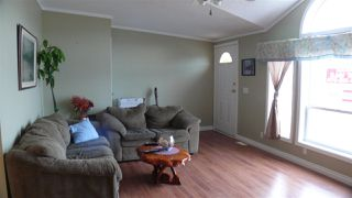 """Photo 10: 95 41168 LOUGHEED Highway in Mission: Dewdney Deroche Manufactured Home for sale in """"Oasis Estates"""" : MLS®# R2347242"""