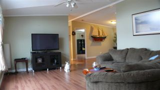 """Photo 9: 95 41168 LOUGHEED Highway in Mission: Dewdney Deroche Manufactured Home for sale in """"Oasis Estates"""" : MLS®# R2347242"""