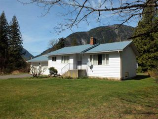 Photo 7: 59631 NASH Road in Laidlaw: Hope Laidlaw House for sale (Hope)  : MLS®# R2354766