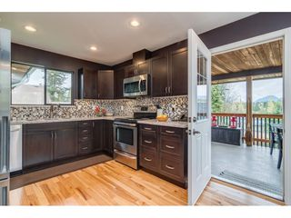 Photo 4: 8 TUXEDO Place in Port Moody: College Park PM House for sale : MLS®# R2360697