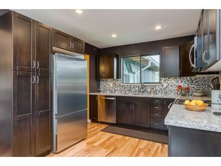 Photo 5: 8 TUXEDO Place in Port Moody: College Park PM House for sale : MLS®# R2360697