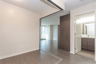 "Photo 8: 401 13303 CENTRAL Avenue in Surrey: Whalley Condo for sale in ""THE WAVE"" (North Surrey)  : MLS®# R2362951"